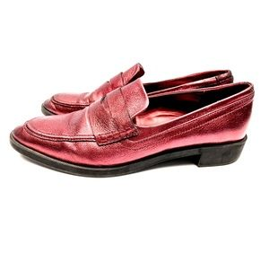 Women's Soft Leather Metallic Maroon  Loafer